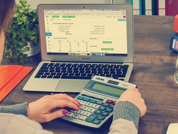 bookkeeping-615384_1280-e1537593253952